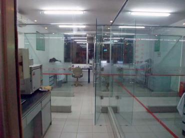 Market_examination_room02